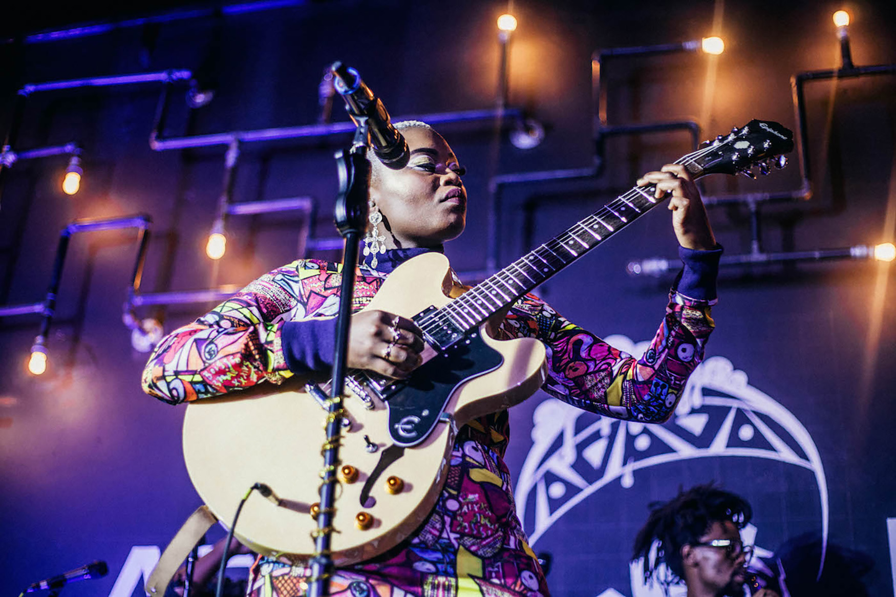 25 October 2018: Zoë Modiga performs at Afrobru in Maboneng. (Photograph by Sabelo Mkhabela)