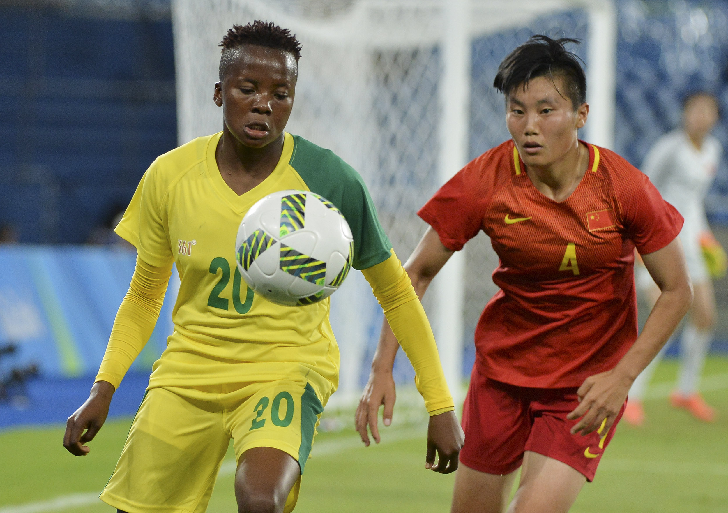 6 August 2016: Thembi Kgatlana of South Africa and Chen Gao of China during the Group E Women's Football match between South Africa and China PR at Olympic Stadium in Rio de Janeiro, Brazil. Photo: Roger Sedres/Gallo Images