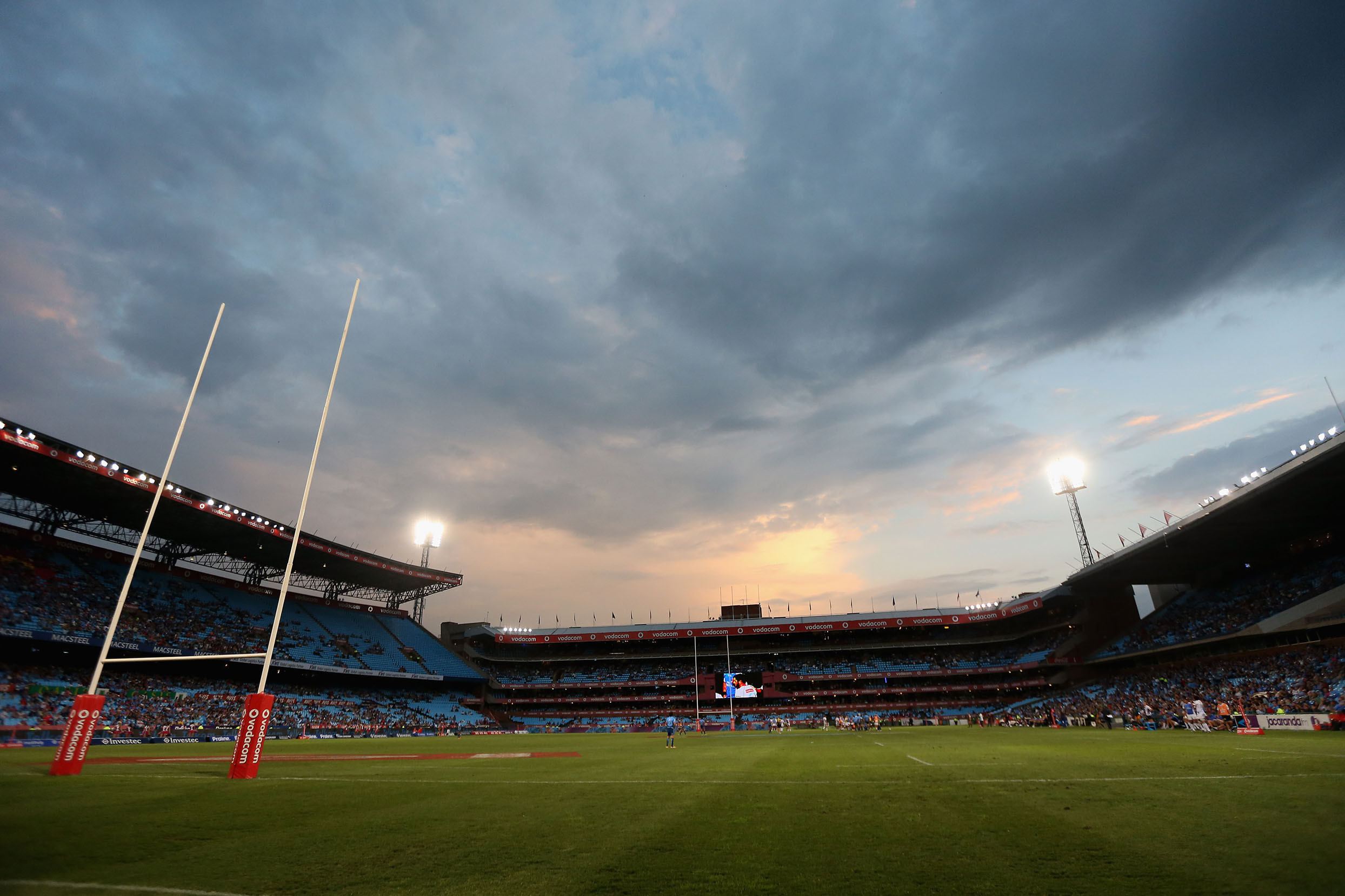 2 March 2018: The sun sets over Loftus Versfeld Stadium in Pretoria during a round 3 Super Rugby match between the Blue Bulls and the Western Force. (Photo by Warren Little/Getty Images)
