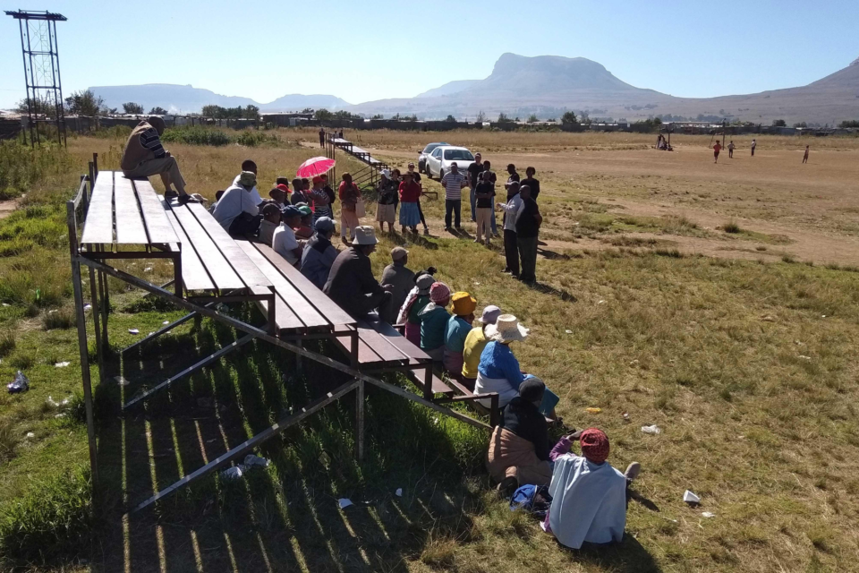 6 May 2018: Community gathering in Intabazwe Township in Harrismith for a Bambanani Paralegal and Advocacy Centre workers assembly. (Photograph by: Dennis Webster)