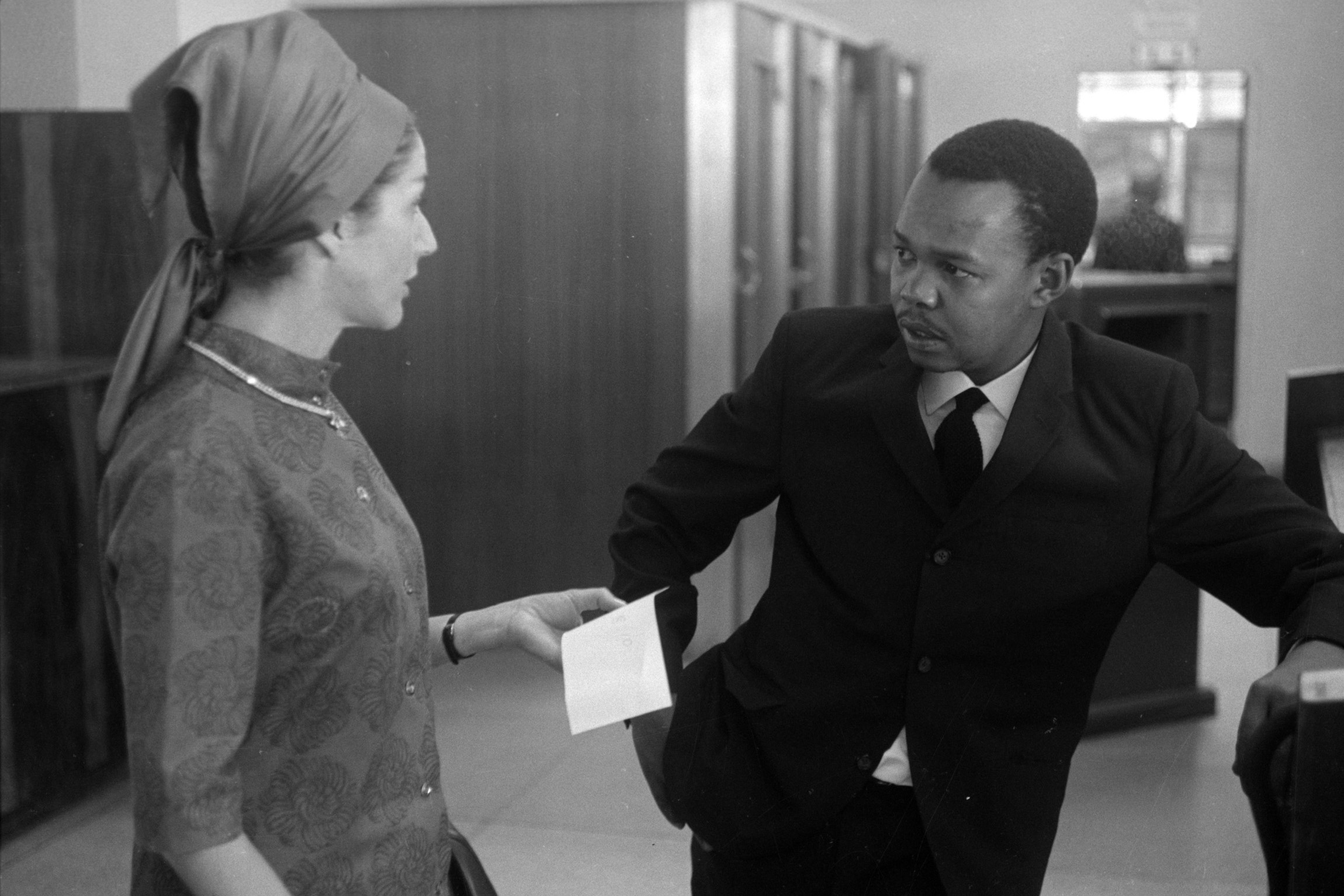 18 July 1965: Nadine Gordimer (left) and 'Drum' magazine journalist and writer Nat Nakasa. (Photograph by Drum Photographer/BAHA/Africa Media Online)