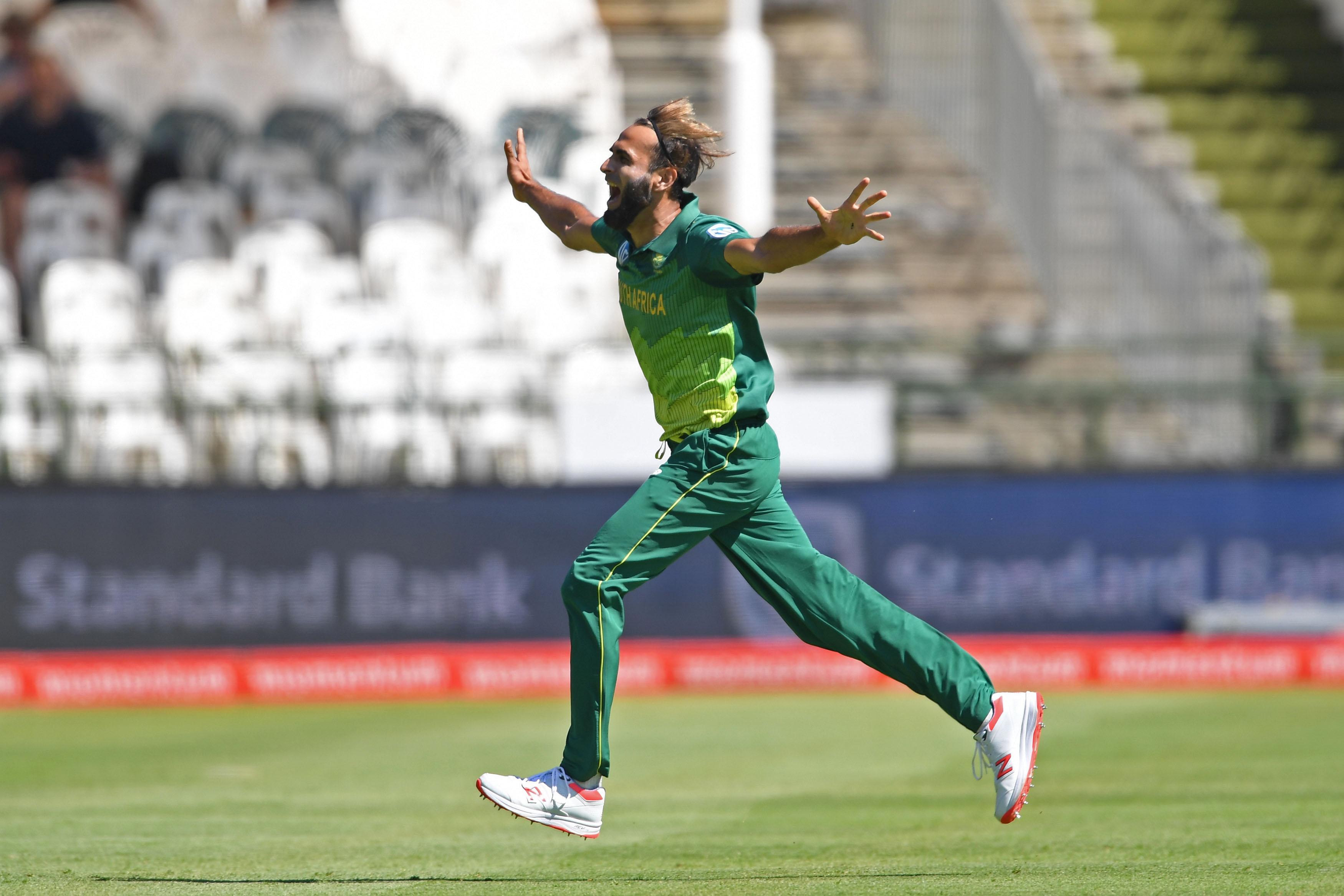 16 March 2019: South African spin bowler Imran Tahir celebrates taking the wicket of Sri Lanka's Oshada Fernando during the fifth and final one-day international of the series at Newlands in Cape Town. (Photograph by Ashley Vlotman/Gallo Images/Getty Images)