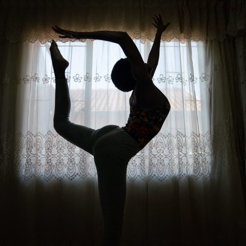 28 June 2019: Orapeleng Vivian is a budding acrobatic gymnast who has to rely on makeshift equipment and YouTube videos to teach herself.