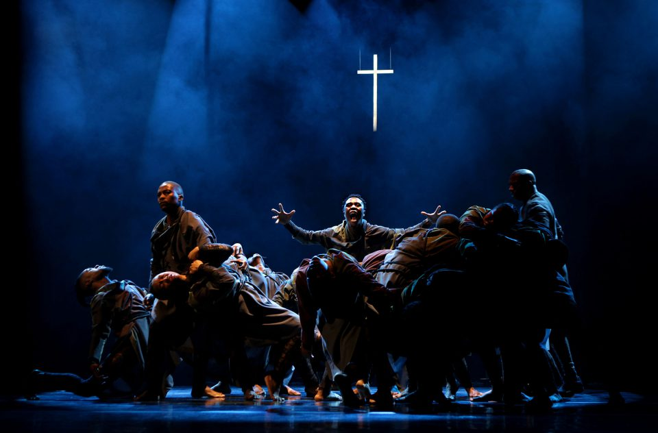 11 September 2019: After gracing the stages of several European festivals, Cion: Requiem of Ravel's Boléro has returned to Johannesburg. This dance theatre work is a universal story encompassing the past and the present, championing our ability to share grief.