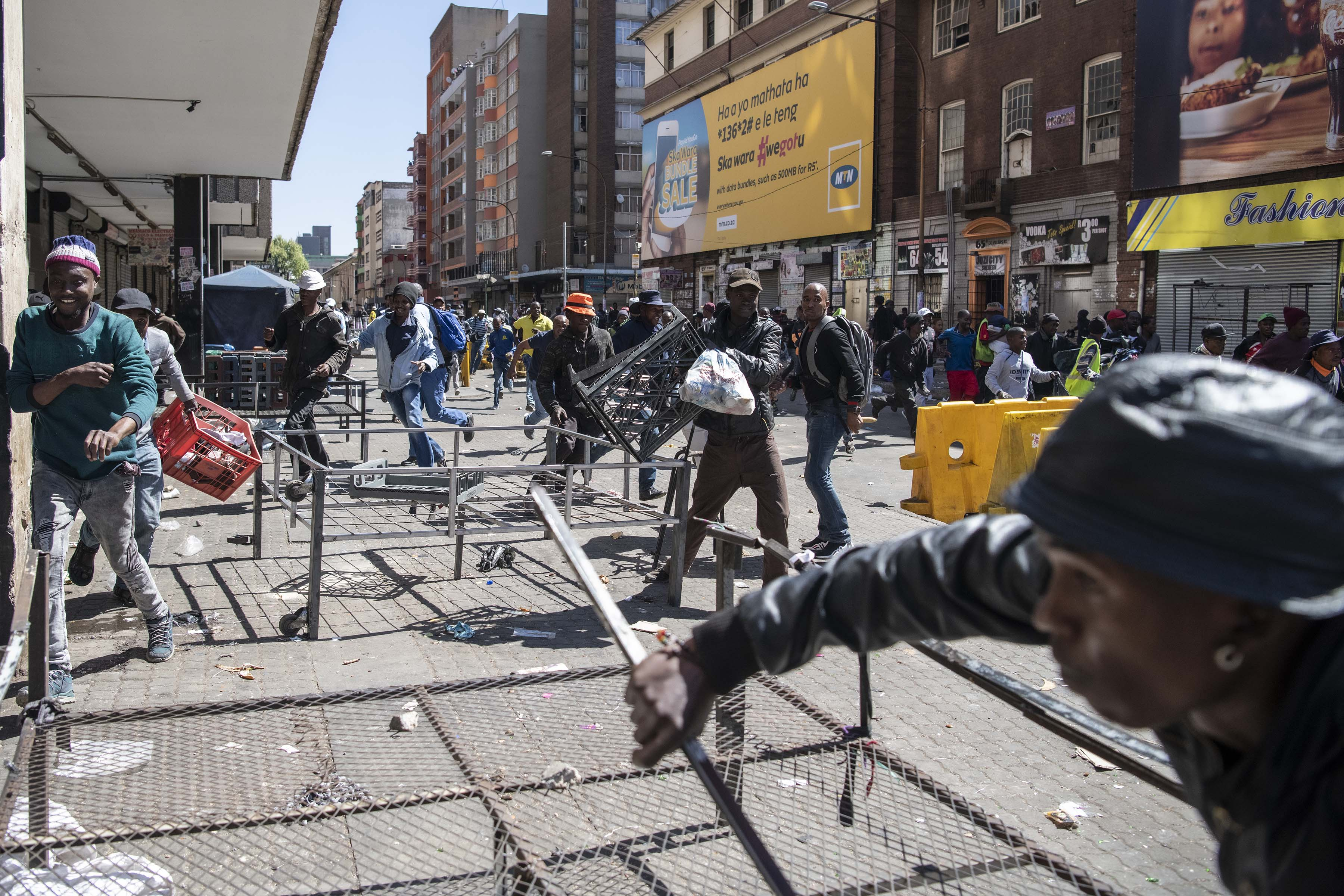 2 September 2019: Chaotic scenes near the Noord taxi rank, where the mob tried to loot foreign-owned businesses.