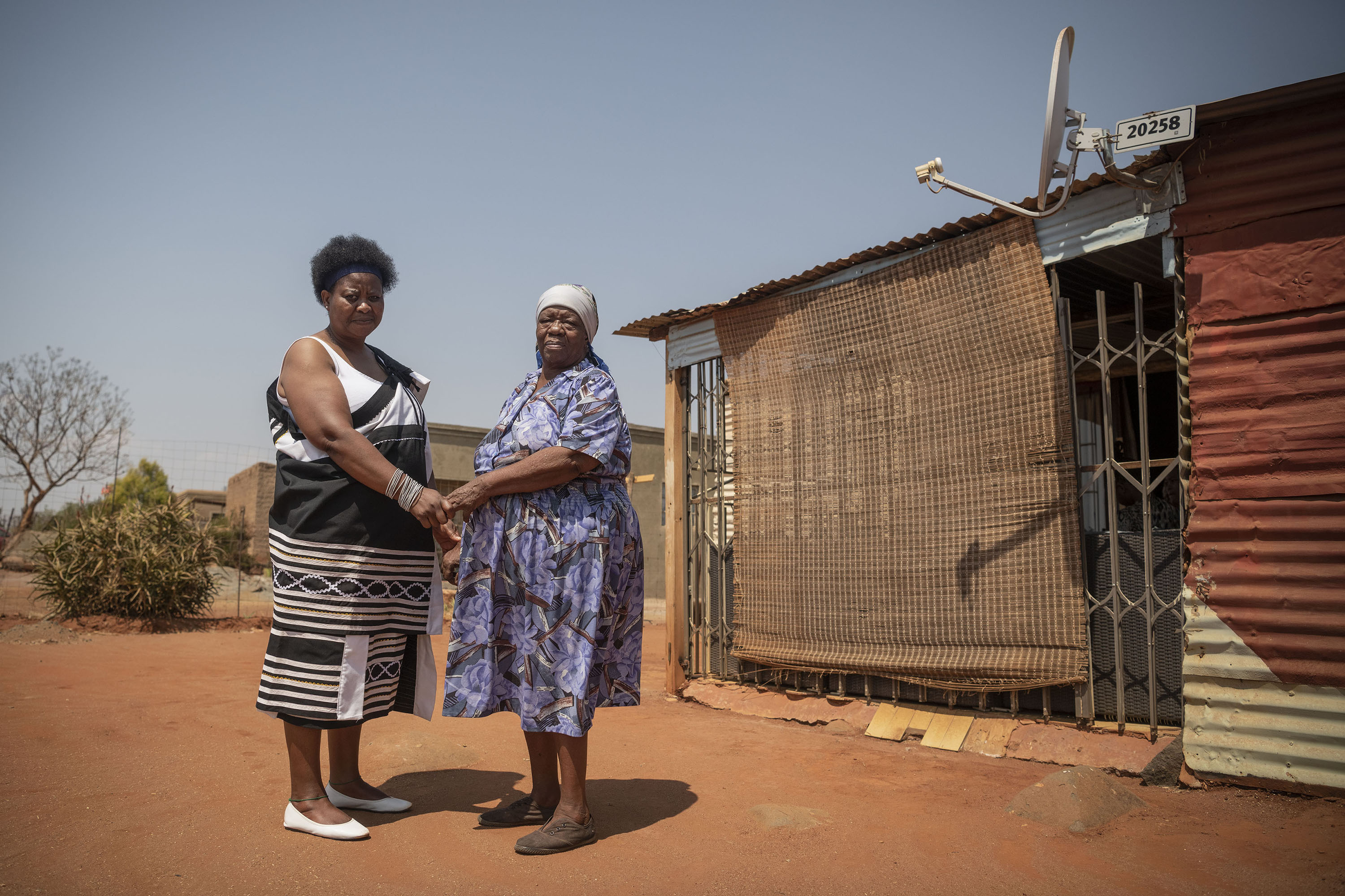 23 September 2019: Elizabeth Mothibedi (right) provided Poppy Makgobatlou with a place to stay after she escaped from her abusive husband.