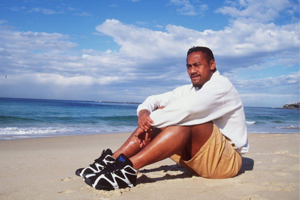 July 1995: Jonah Lomu, the New Zealand All Black winger, relaxes on the beach in Australia before the teams Bledisloe Cup Match against Australia in Sydney. (Photograph by David Rogers/ALLSPORT)