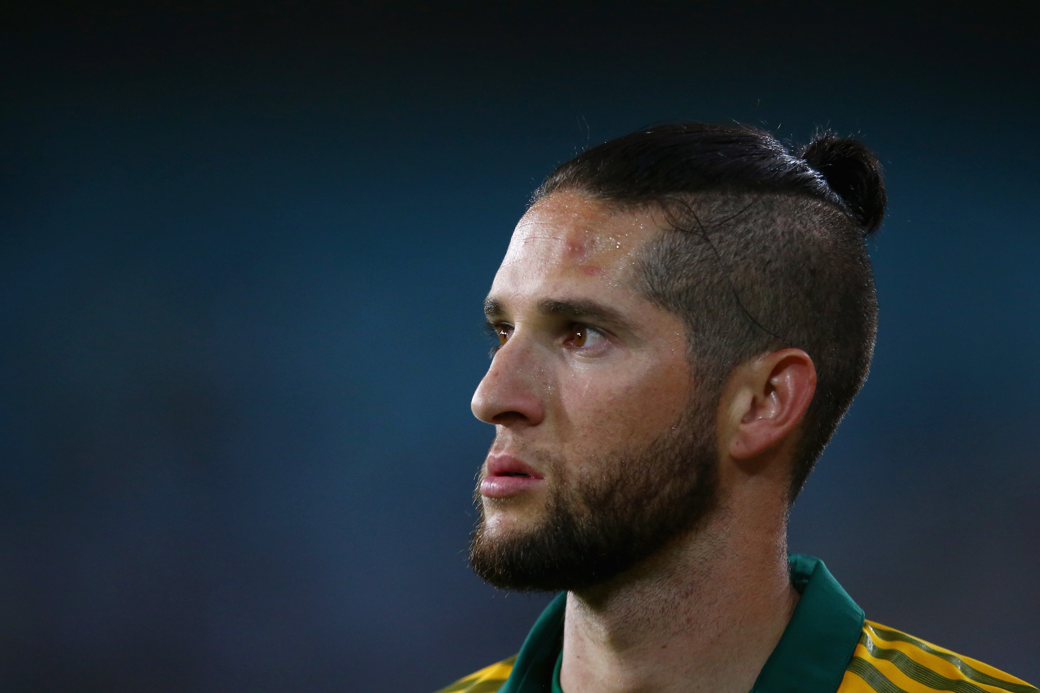 9 November 2014: Wayne Parnell of South Africa during the third game of the Proteas' Twenty20 series against Australia at ANZ Stadium in Sydney, Australia. (Photograph by Mark Kolbe/Getty Images)