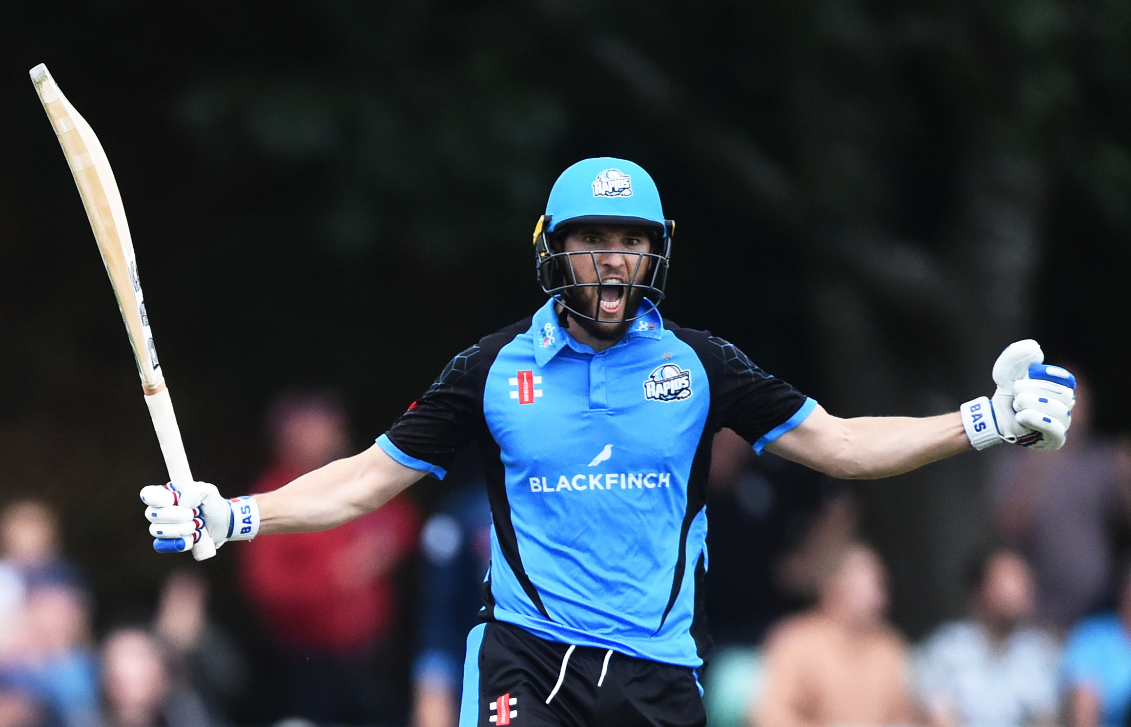 31 July 2019: Wayne Parnell celebrates scoring the winning runs for the Worcestershire Rapids in a Vitality Blast match against the Derbyshire Falcons at New Road in Worcester, England. (Photograph by Nathan Stirk/Getty Images)