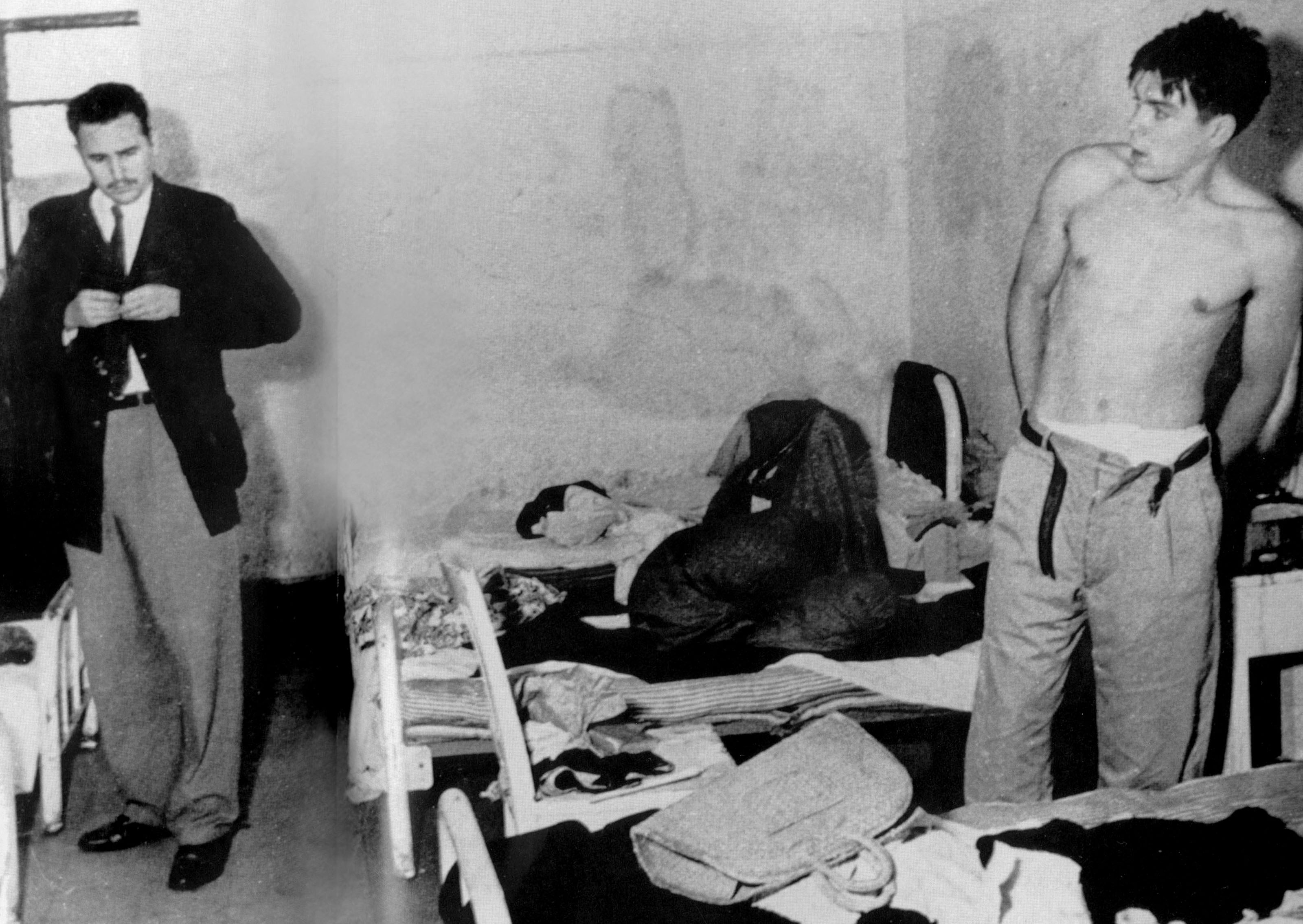 Circa June-July 1956: (From left) Fidel Castro and Ernesto Che Guevara in the Miguel Schultz jail in Mexico City. This may be the first photo showing Castro and Guevara together. (Photograph by Apic/Getty Images)