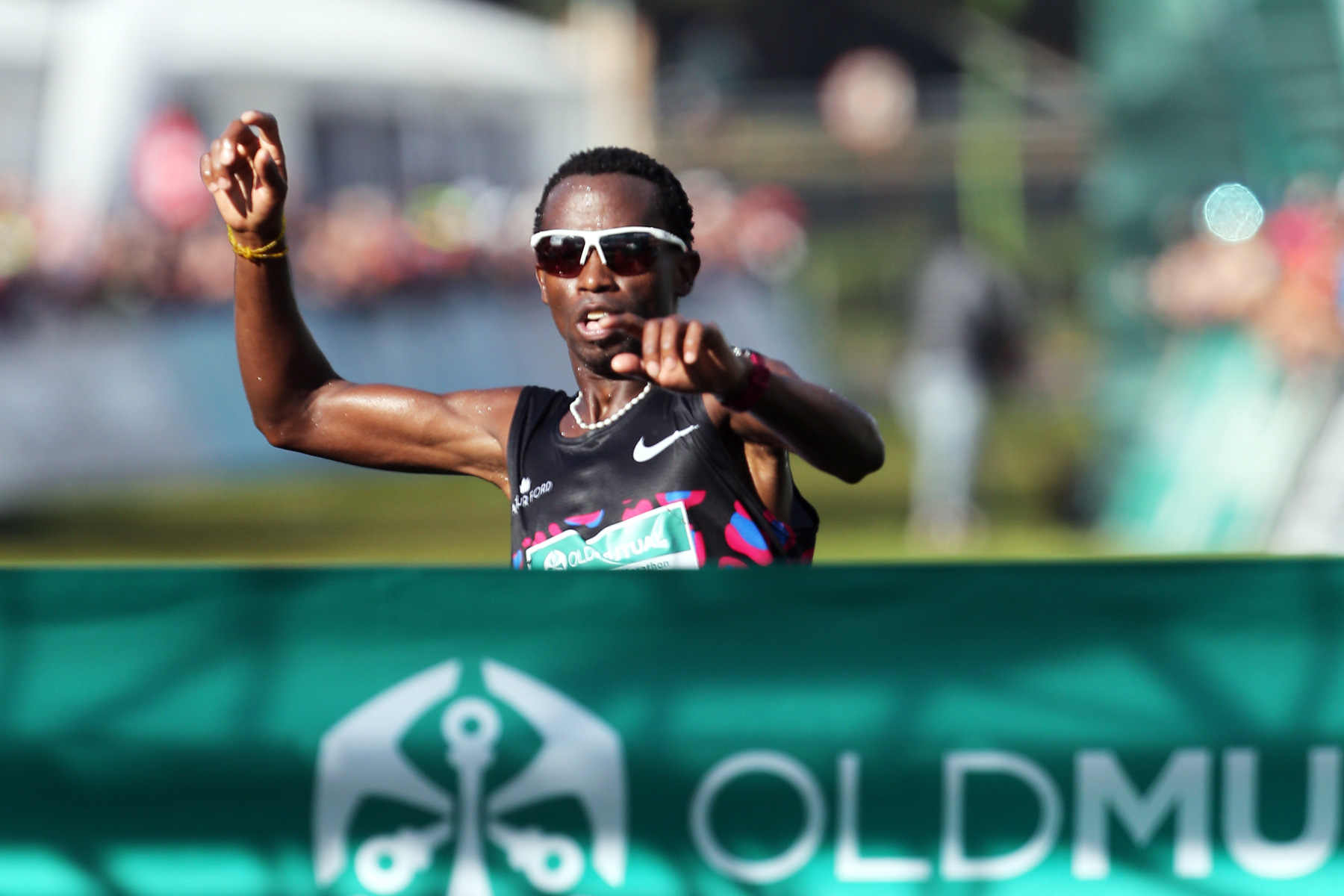 20 April 2019: Reigning champion Bong'musa Mthembu wins the Old Mutual Two Oceans Marathon Ultra in Cape Town. (Photograph by ImageSA/ Gallo Images)