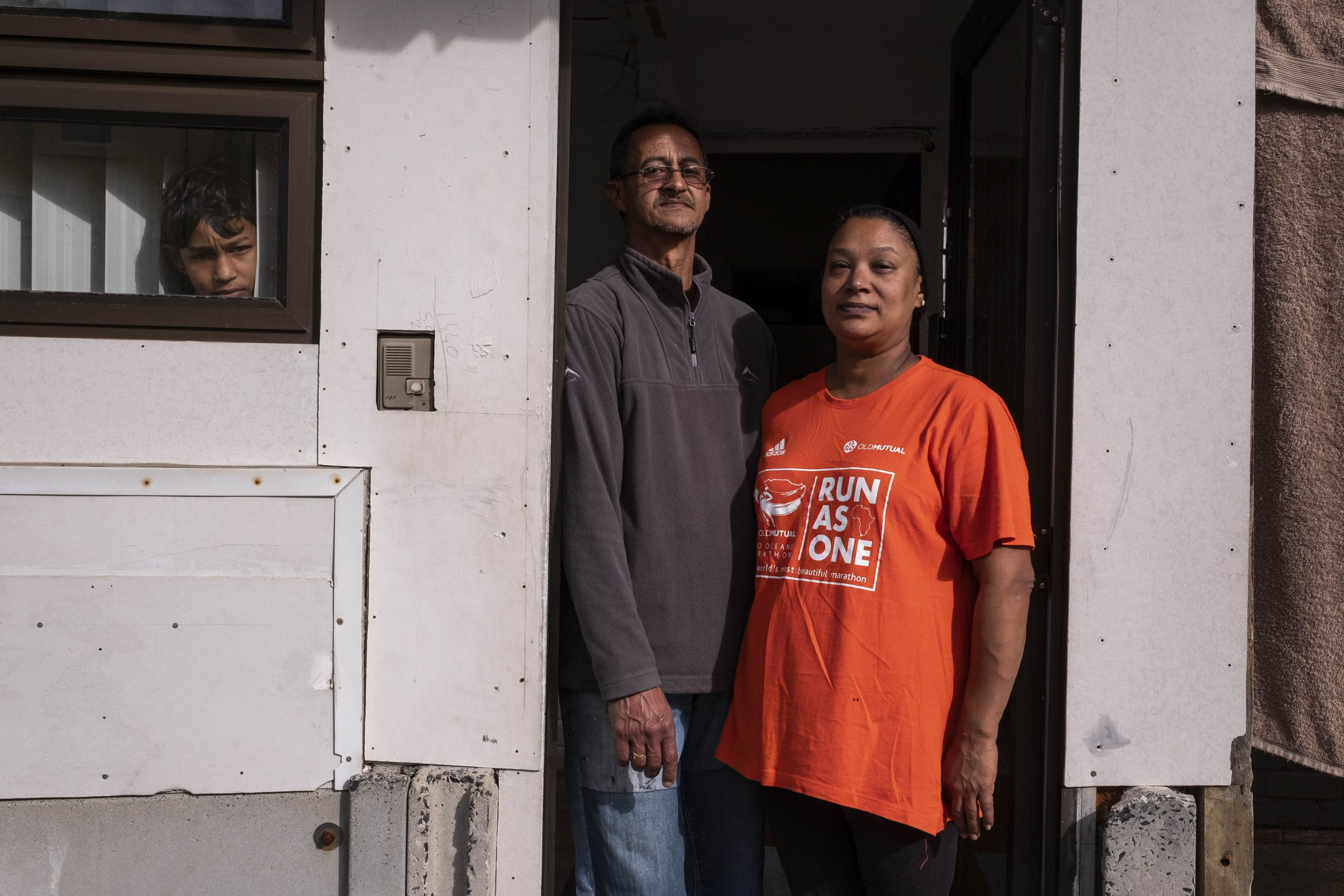 13 June 2020: Richard Holmes and his wife Liesl Arendse-Holmes alerted Ginola Phillips about his home. The police almost shot Arendse-Holmes, an asthmatic, with a rubber bullet and let off a tear gas canister outside her window.