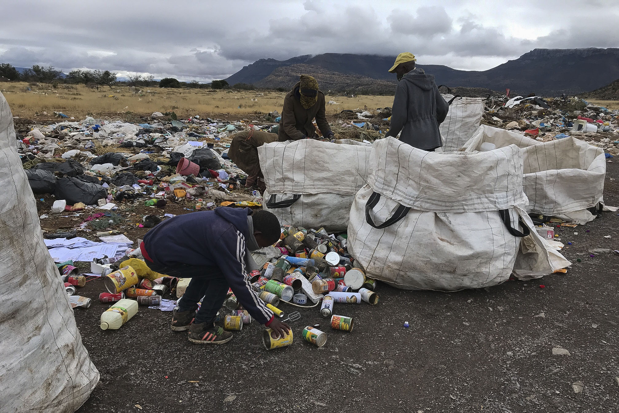 5 August 2020: Waste recyclers at work in Graaff-Reinet's landfill site.