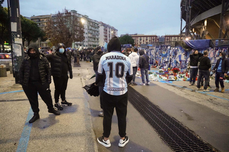 TBS 4Dec Maradona and Naples AC 5